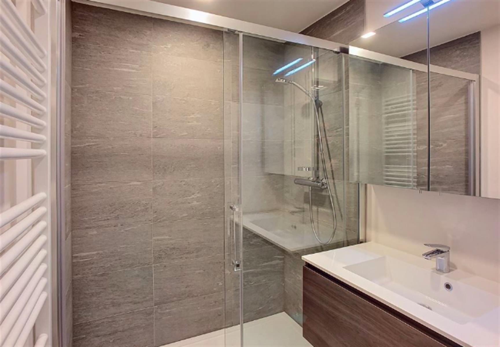 Appartement - Ixelles - #3999482-3